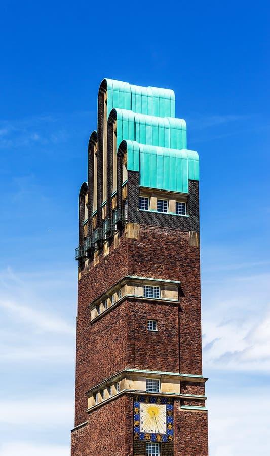 Γαμήλιος πύργος σε Mathildenhoehe στη Ντάρμσταντ, Γερμανία στοκ φωτογραφίες με δικαίωμα ελεύθερης χρήσης