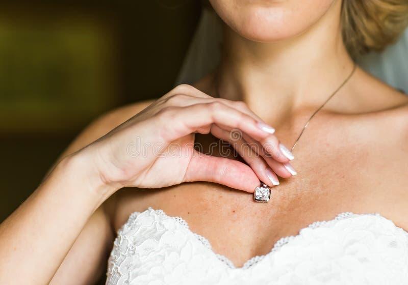 Γαμήλιο κρεμαστό κόσμημα στοκ φωτογραφίες