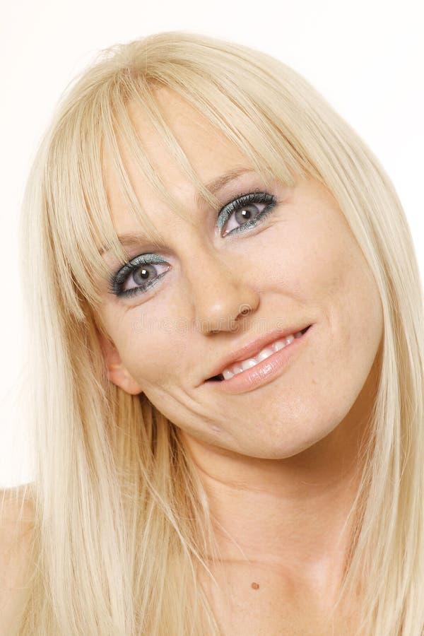 γαρμένη κεφάλι γυναίκα στοκ εικόνα με δικαίωμα ελεύθερης χρήσης
