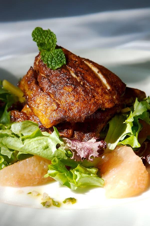 γαστρονομική σαλάτα εσπεριδοειδών κοτόπουλου στοκ φωτογραφία