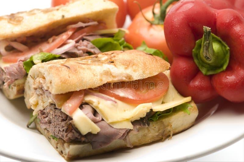 γαστρονομικό roast βόειου κρέατος σάντουιτς στοκ φωτογραφίες