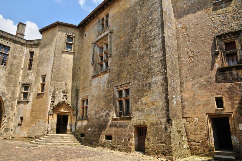 Γαλλία, γραφικό κάστρο Biron σε Dordogne στοκ εικόνες