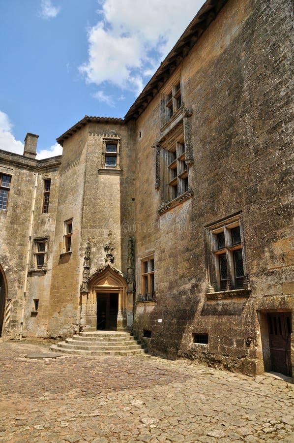 Γαλλία, γραφικό κάστρο Biron σε Dordogne στοκ εικόνα