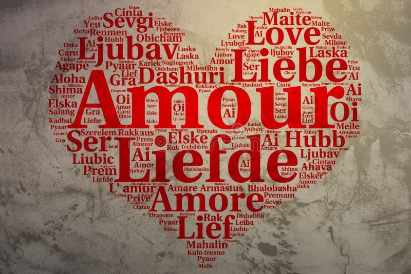 Γαλλικά: Ερωτοδουλειά Διαμορφωμένη καρδιά αγάπη σύννεφων λέξης, grunge υπόβαθρο απεικόνιση αποθεμάτων