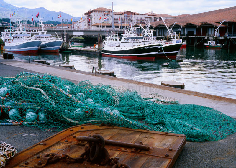 Γαλλική αλιευτική βιομηχανία, ST Jean de Luz, Γαλλία στοκ φωτογραφία