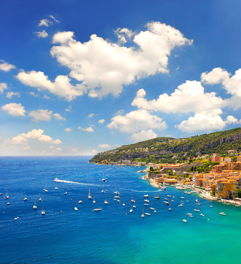 Γαλλικό riviera, Μεσόγειος Villefranche από τη Νίκαια στοκ φωτογραφία