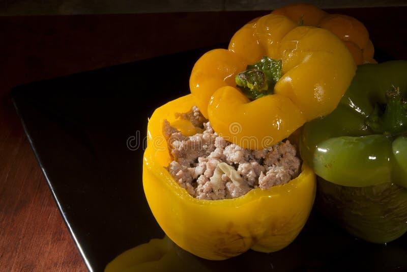 Γεμισμένα γλυκά πιπέρια στοκ εικόνα