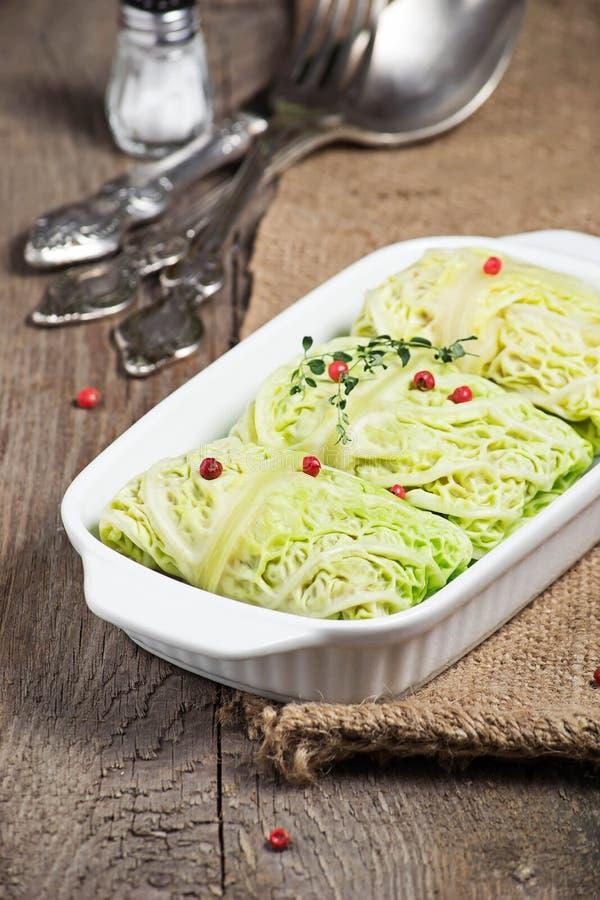 Γεμισμένο λάχανο κραμπολάχανου με το κρέας στοκ εικόνες