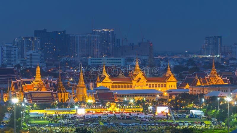 Γενέθλια εορτασμού (ημέρα του πατέρα), βασιλιάς της Ταϊλάνδης στοκ φωτογραφία με δικαίωμα ελεύθερης χρήσης
