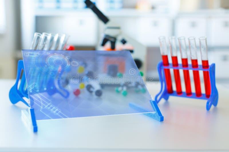 Γενετικές προμήθειες εργαστηρίων μικροβιολογίας στοκ εικόνες