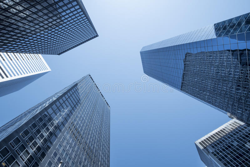 Γενική περίληψη των νέων ουρανοξυστών πόλεων στοκ εικόνα