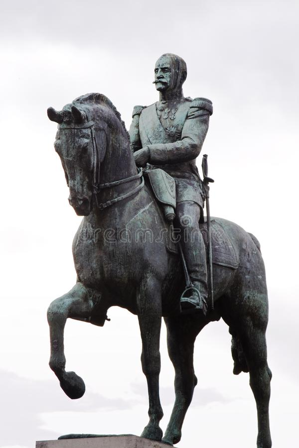 Γενικός με το άγαλμα αλόγων στο Παρίσι, Γαλλία στοκ εικόνες