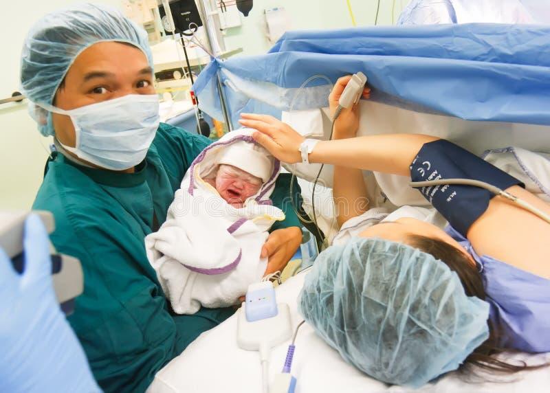 γεννημένο bronovo Χάγη μωρών νέα στοκ φωτογραφίες