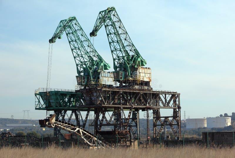 γερανοί scrapyard στοκ φωτογραφίες