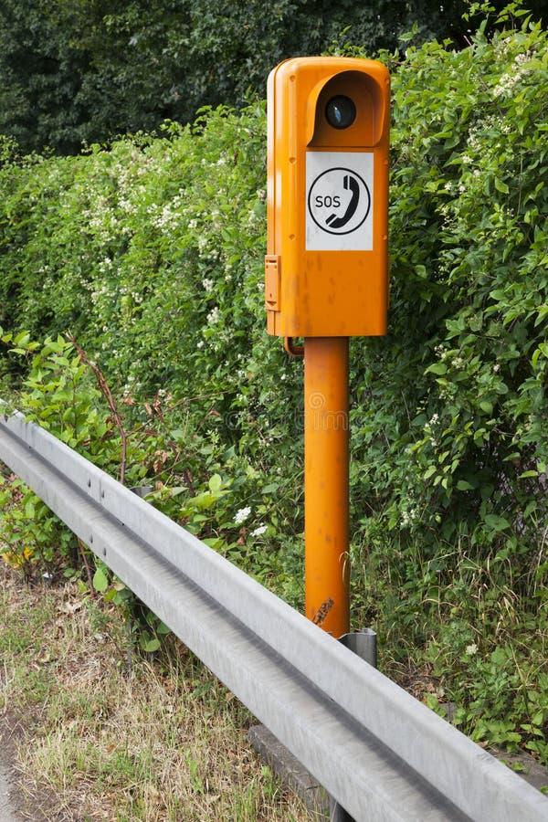 Γερμανικό κιβώτιο κλήσης έκτακτης ανάγκης στοκ εικόνες