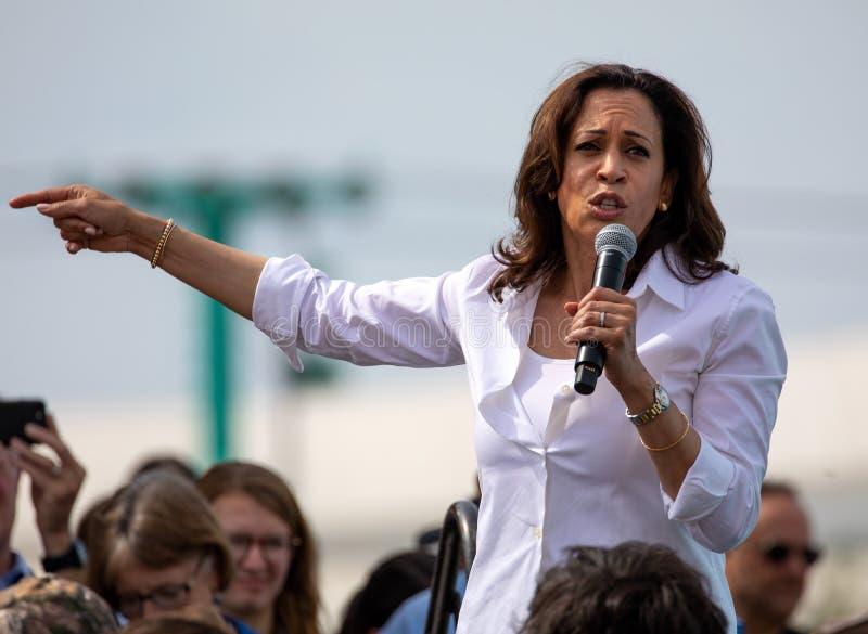 Γερουσιαστής και δημοκρατικός προεδρικός υποψήφιος Kamala Harris Καλιφόρνιας στοκ φωτογραφίες με δικαίωμα ελεύθερης χρήσης