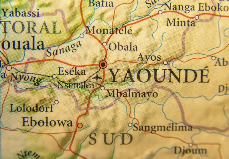 Γεωγραφικός χάρτης του Καμερούν με τη πρωτεύουσα Yaounde στοκ εικόνα με δικαίωμα ελεύθερης χρήσης