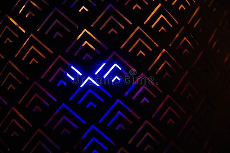 Γεωμετρικό σχέδιο με το μπλε και πορτοκαλί φως στοκ φωτογραφία με δικαίωμα ελεύθερης χρήσης