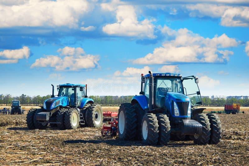 γεωργικά flail μπαλτάδων μηχανήματα σύγχρονα στοκ εικόνες με δικαίωμα ελεύθερης χρήσης