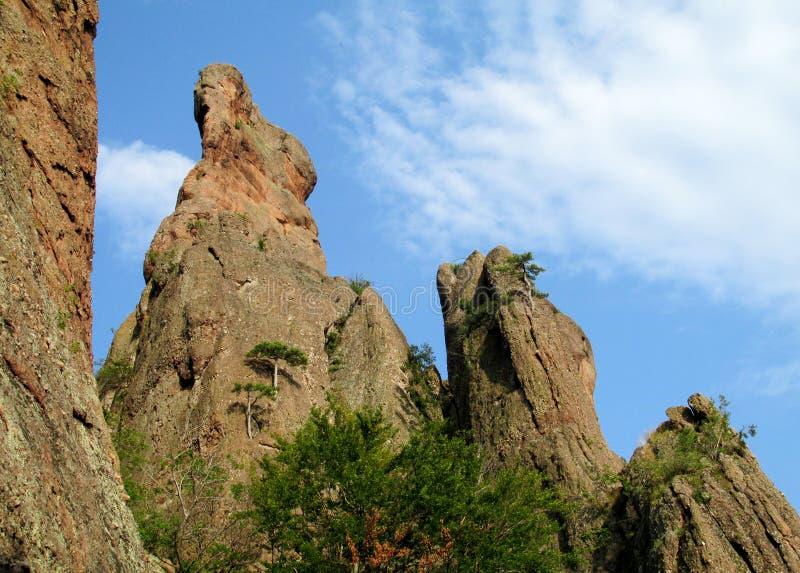Γεωλογικοί σχηματισμοί των πύργων βράχου στοκ φωτογραφία με δικαίωμα ελεύθερης χρήσης