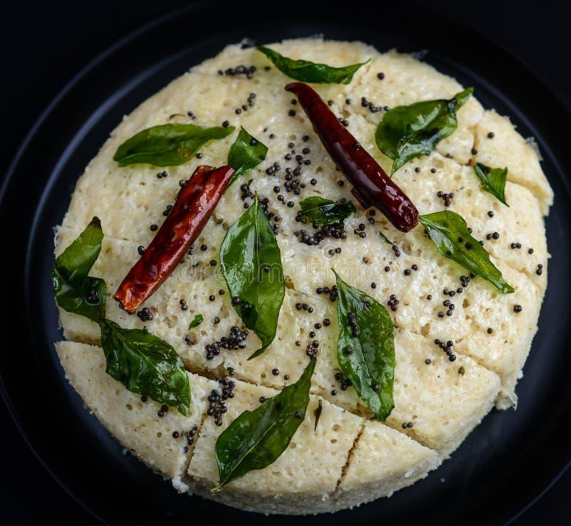 Γεύμα dhokla-Gujarati Khaman στην Ινδία στοκ εικόνες