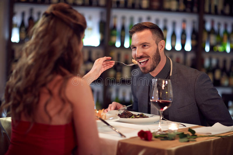 Γεύμα Gala στο εστιατόριο στοκ φωτογραφίες