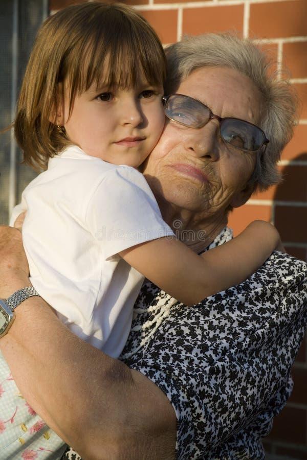 γιαγιά εγγονιών στοκ εικόνες