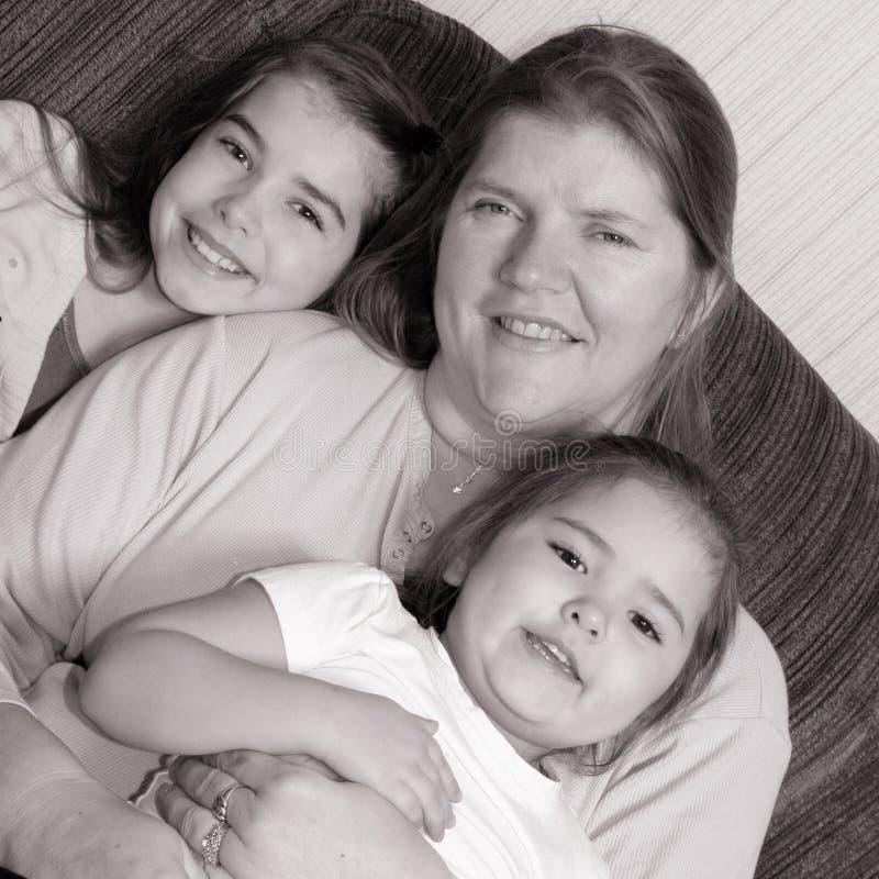 γιαγιά εγγονιών στοκ φωτογραφία με δικαίωμα ελεύθερης χρήσης