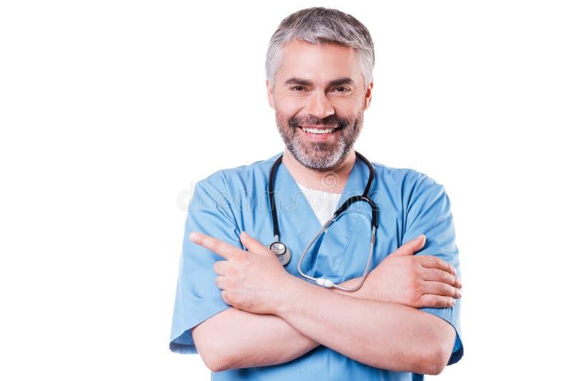 Γιατρός που δείχνει το διάστημα αντιγράφων στοκ εικόνα