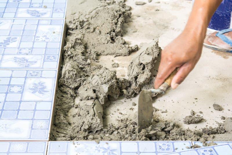Για την εργασία και τη οικοδομή τσιμέντου στοκ εικόνες