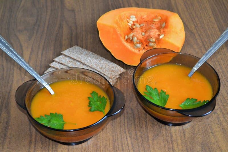 Για τη σούπα κολοκύθας μεσημεριανού γεύματος Χρήσιμο λαχανικό στοκ εικόνα