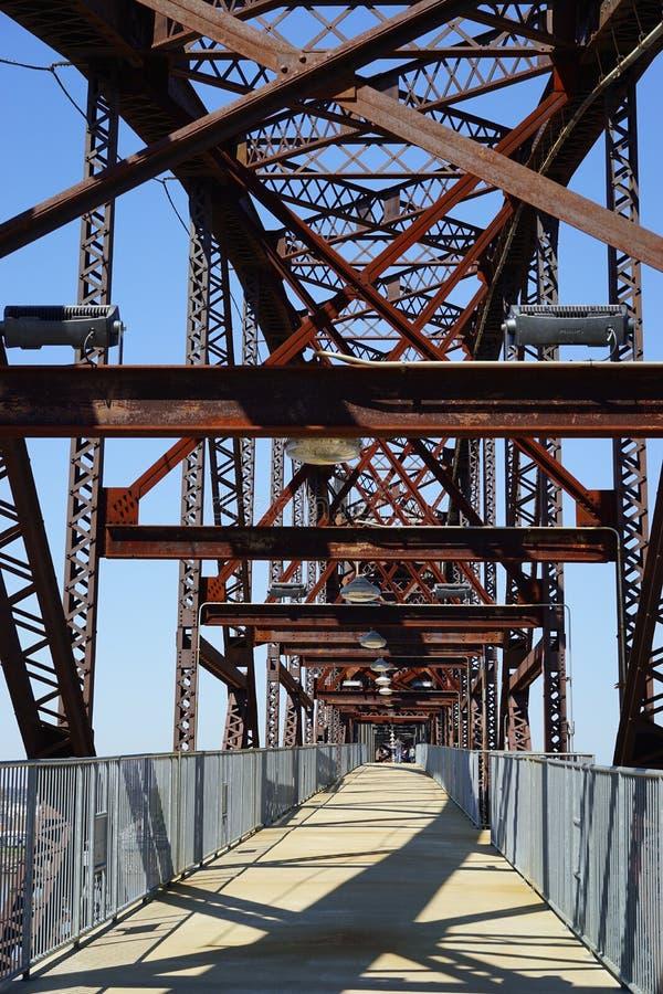 Για τους πεζούς γέφυρα πάρκων του William Clinton προεδρική στοκ εικόνες