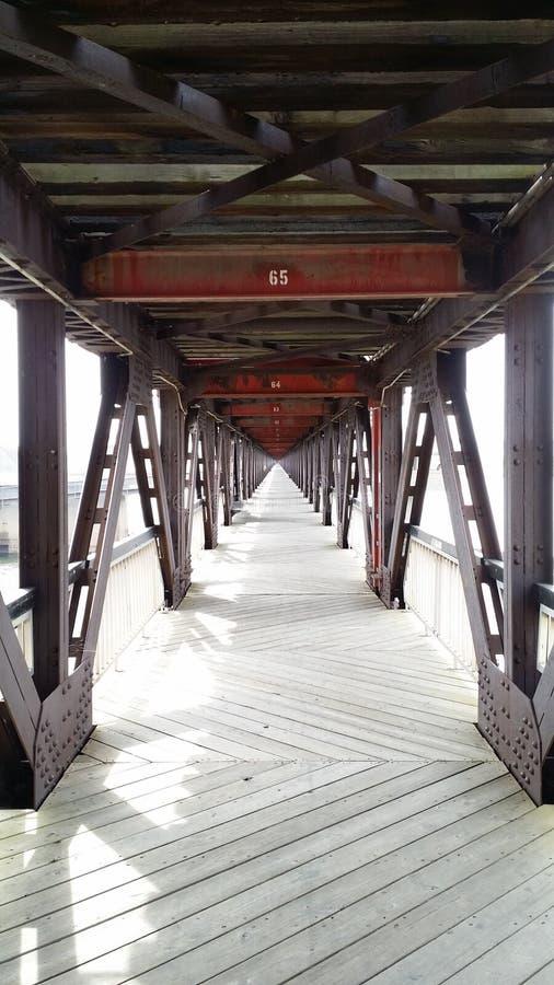 Για τους πεζούς γέφυρα στοκ εικόνα
