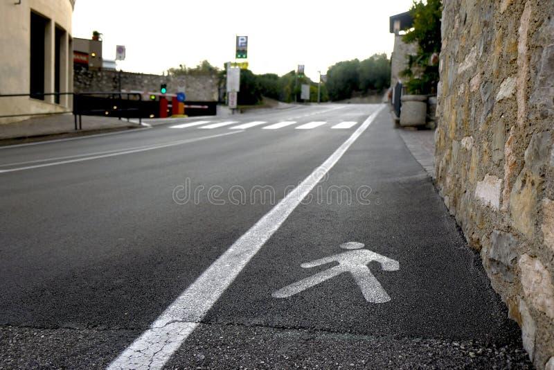 Για τους πεζούς ζώνη, δρόμος ασφάλτου στοκ φωτογραφία