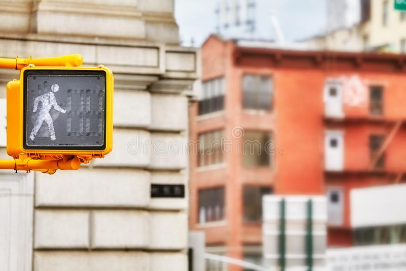 Για τους πεζούς σήμα κυκλοφορίας περιπάτων, πόλη της Νέας Υόρκης, ΗΠΑ στοκ φωτογραφία με δικαίωμα ελεύθερης χρήσης