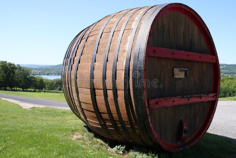 γιγαντιαίο κρασί βαρελιώ στοκ φωτογραφίες