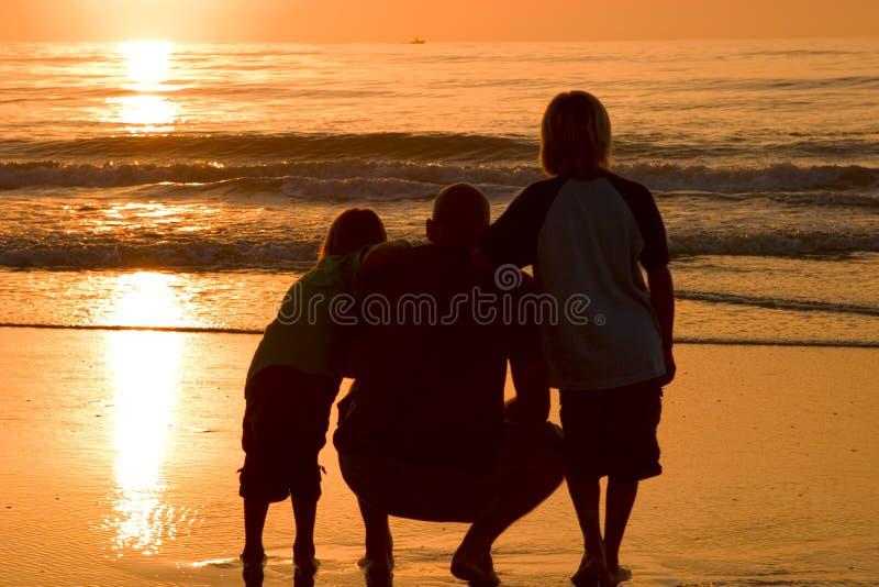 Download γιοι πατέρων στοκ εικόνες. εικόνα από κύματα, κλίση, boysenberries - 398988