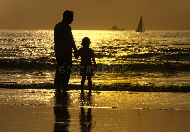 Download γιος πατέρων στοκ εικόνες. εικόνα από ειρηνικός, dusk - 2227314