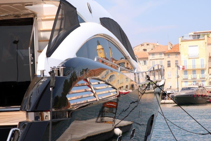Γιοτ γαλλικό Riviera πολυτέλειας Άγιος-Tropez στοκ φωτογραφίες