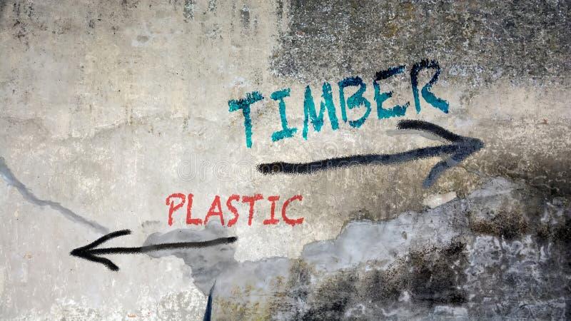 Γκράφιτι τοίχων στην ξυλεία εναντίον του πλαστικού ελεύθερη απεικόνιση δικαιώματος