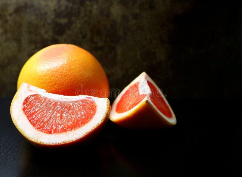 Γκρέιπφρουτ Εσπεριδοειδή Εσπεριδοειδή παραδείσου καρπός χρήσιμος Υποτροπικά φρούτα Λίγων θερμίδων φρούτα διαιτητικά τρόφιμα Συστα στοκ εικόνα