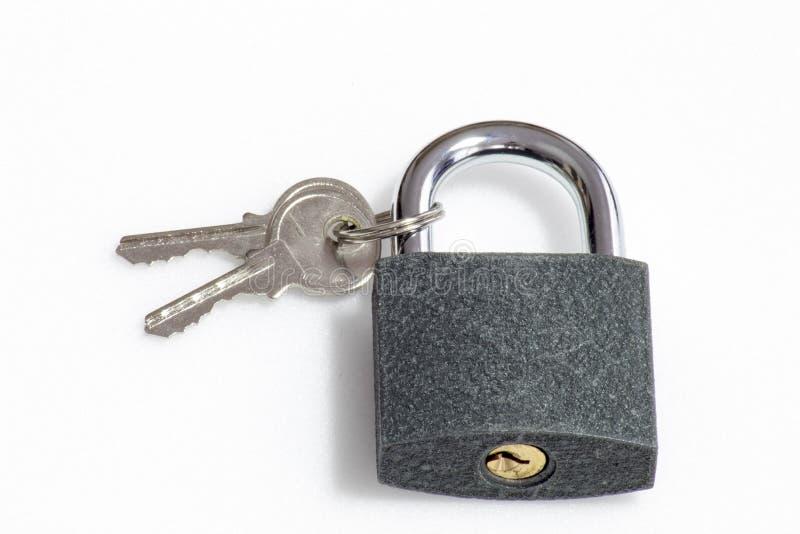 Γκρίζο λουκέτο σύστασης με 2 κλειδιά στοκ φωτογραφία με δικαίωμα ελεύθερης χρήσης