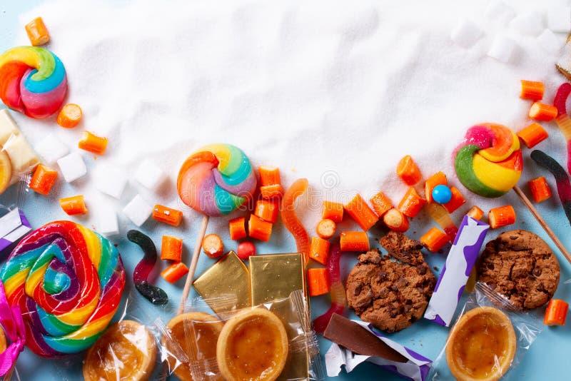 Γλυκά με τη ζάχαρη στοκ εικόνες
