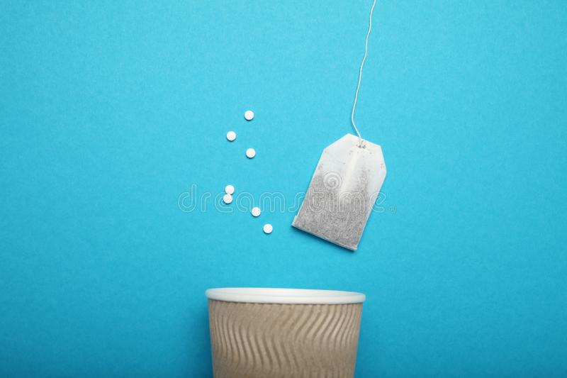 Γλυκαντική ουσία Stevia, ασπαρτάμη - υποκατάστατο ζάχαρης Λίγων θερμίδων τσάι στοκ φωτογραφίες