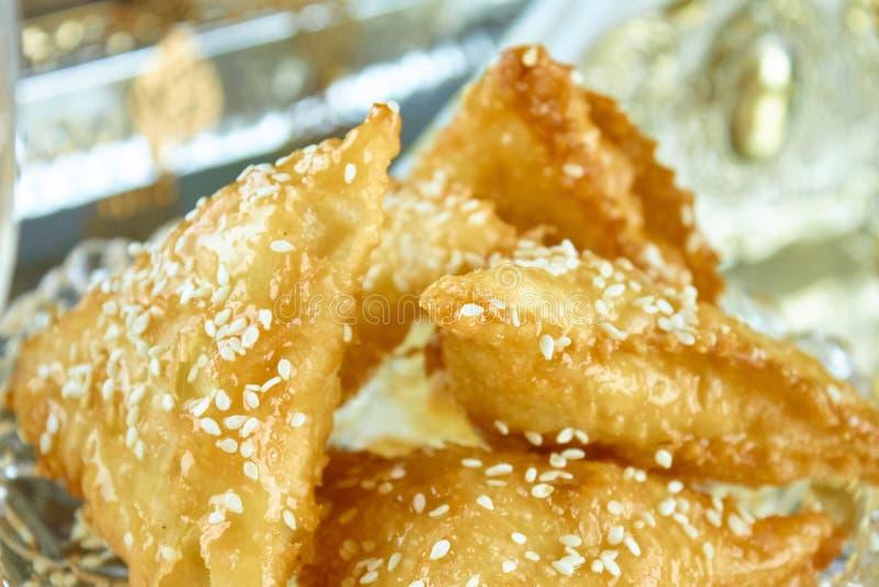 Γλυκό αραβικό αλγερινό samosa samsa στοκ εικόνες με δικαίωμα ελεύθερης χρήσης