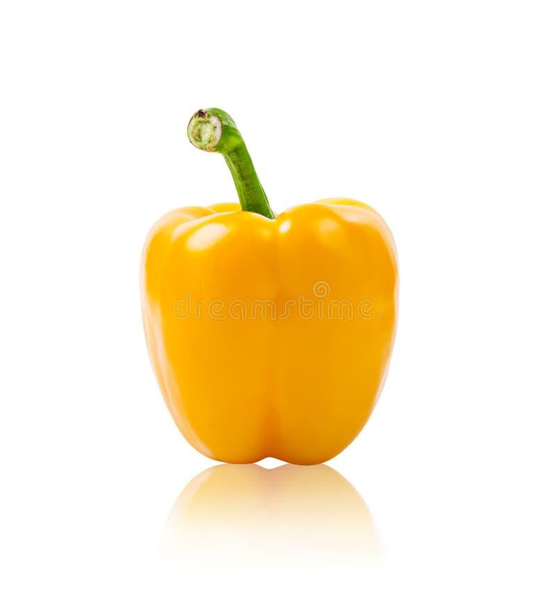Γλυκό κίτρινο πιπέρι που απομονώνεται στο άσπρο υπόβαθρο στοκ φωτογραφία με δικαίωμα ελεύθερης χρήσης