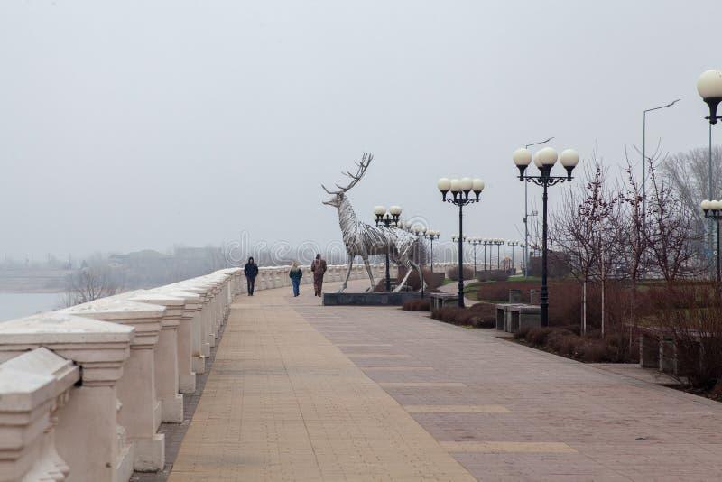 Γλυπτό ελαφιών χάλυβα Novgorod Nizhny στοκ εικόνα