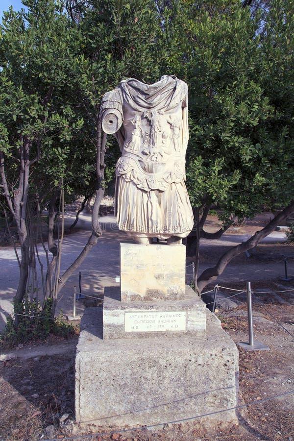 Γλυπτό ενός Headless στρατιώτη της αρχαίας ρωμαϊκής αυτοκρατορίας, Αθήνα στοκ φωτογραφία με δικαίωμα ελεύθερης χρήσης
