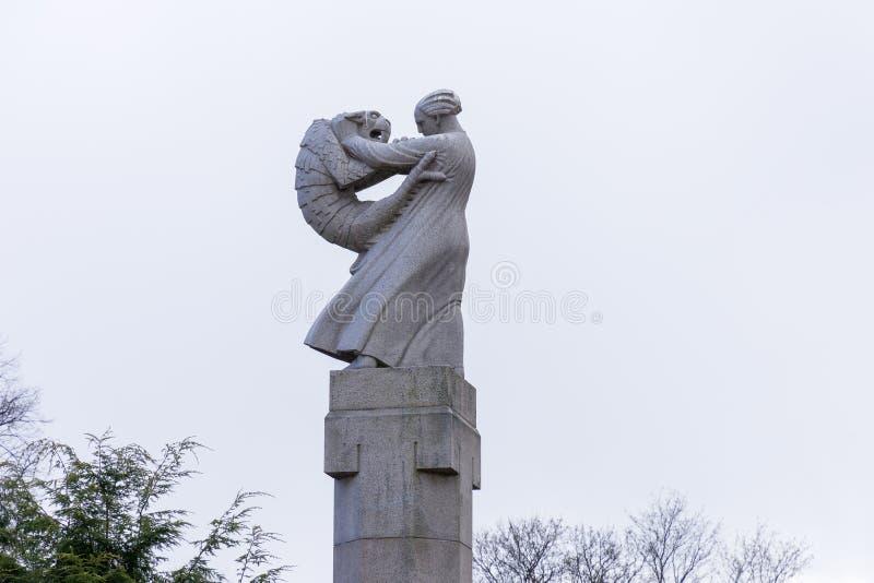 Γλυπτό στο πάρκο Vigeland στο Όσλο στοκ φωτογραφία με δικαίωμα ελεύθερης χρήσης
