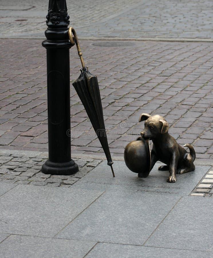 γλυπτό Τορούν σκυλιών στοκ φωτογραφία